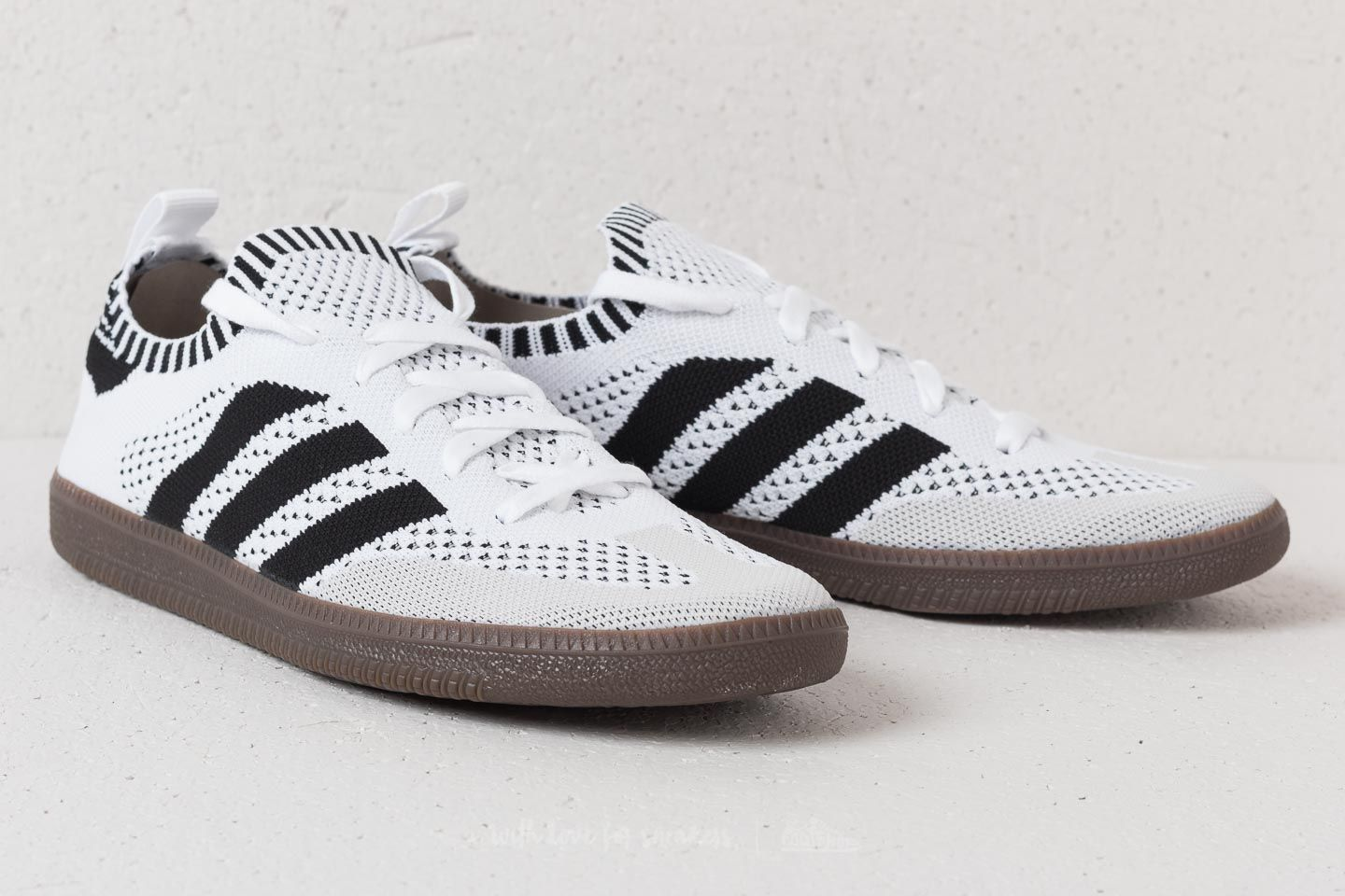 37b5fd6e62b ... schuh mw0cbww898f weiß männer originals 5fa90 49c9c  order adidas samba  primeknit sock ftw white core black blue bird at a great price 02a81